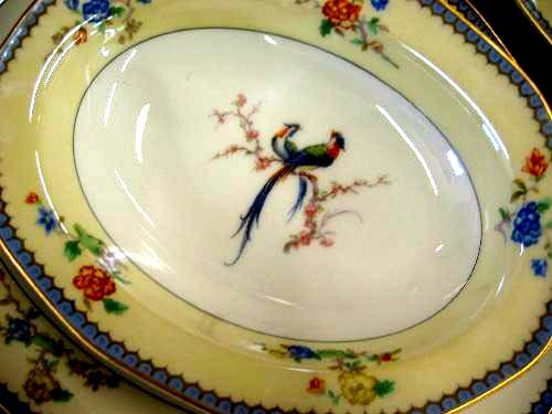 HAVILAND-LIMOGES Dinnerware