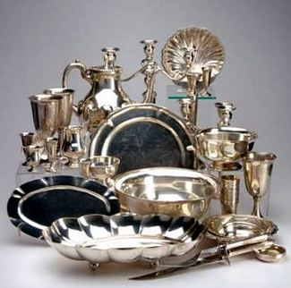 Hallmarked American, Mexican and Japanese silver hollowware and flatware