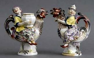 MEISSEN PORCELAIN CHINOISERIE PORCELAIN FIGURE GROUPS -  Crossed swords mark