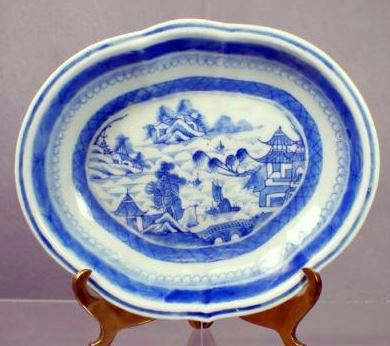 Chinese Canton Porcelain Antique Shrimp Dish