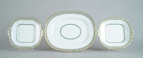 109 –PIECE PORCELAIN DINNER SERVICE BY
