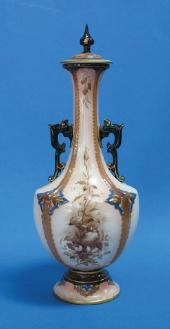 Price Guide For A Hadley S Worcester Faience Vase And Cover
