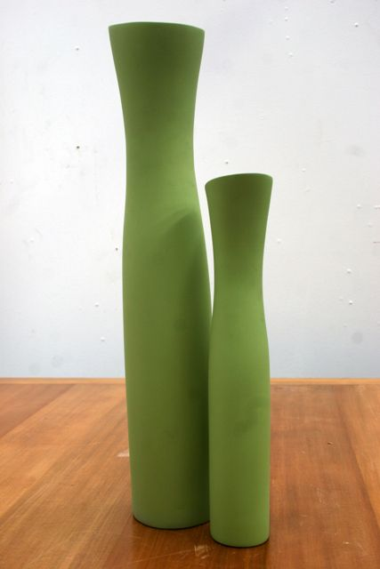 Price Guide For Two Green Vases By Kose Milano The Largest