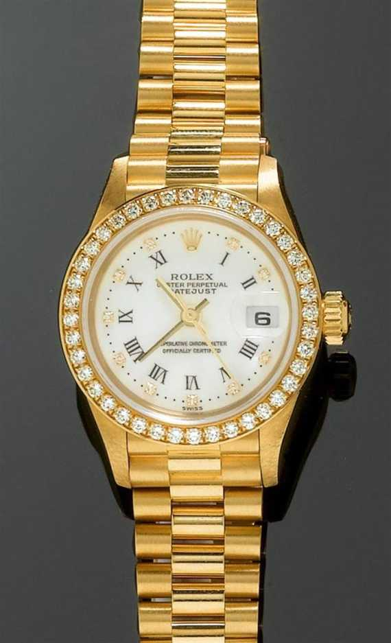 DIAMOND LADY'S WRISTWATCH, ROLEX DATEJUST.