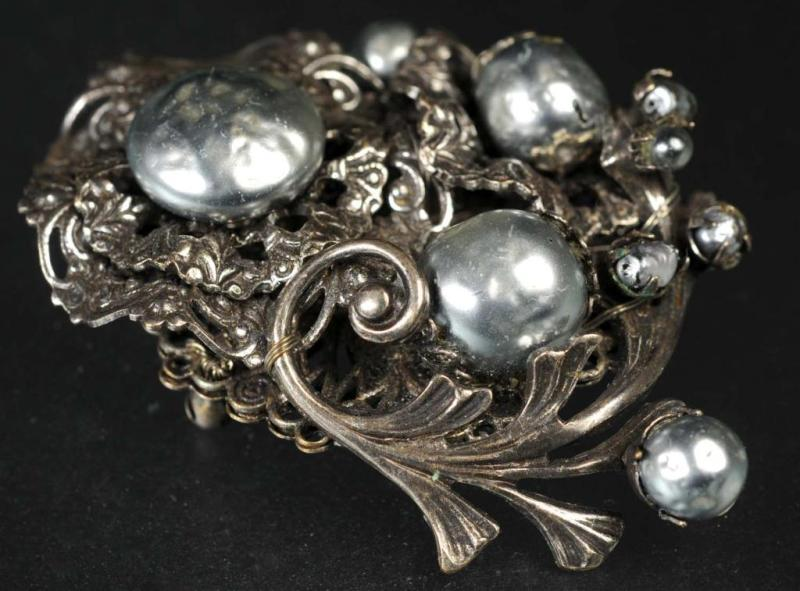 Price guide for Antique Costume Jewelry Miriam Haskell Pin.