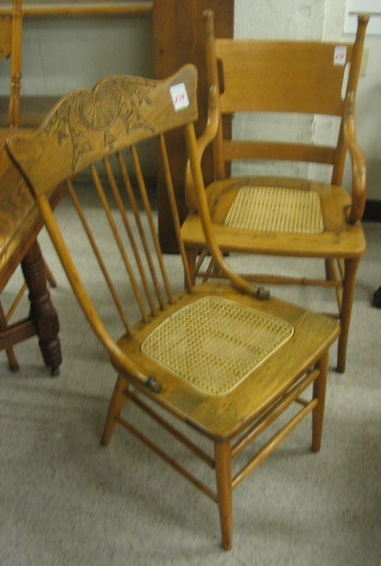 A GROUP OF FOUR OAK AND ASH DINING CHAIRS,