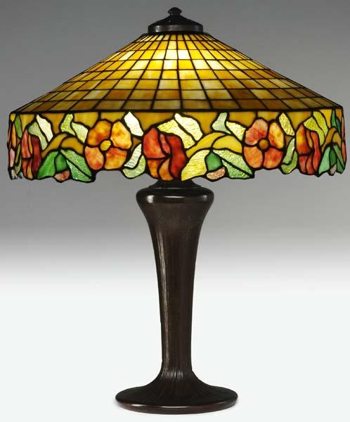 HANDEL Table lamp with an oversized leaded-glass