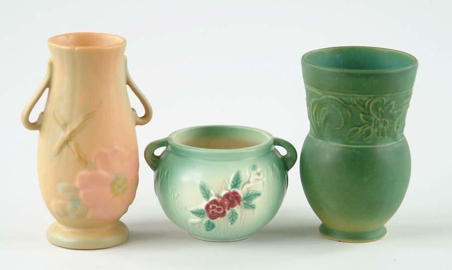 Price Guide For Three Weller Vases 1 Matte Green Glazed