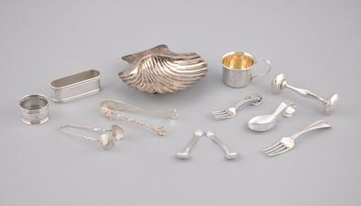 A Mixed Lot of Sterling Silver Smalls Consisting