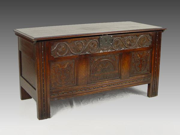 LATE VICTORIAN FLINT'S FINE FURNITURE CARVED