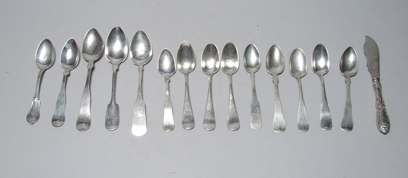 FIFTEEN PIECES OF AMERICAN COIN SILVER FLATWARE