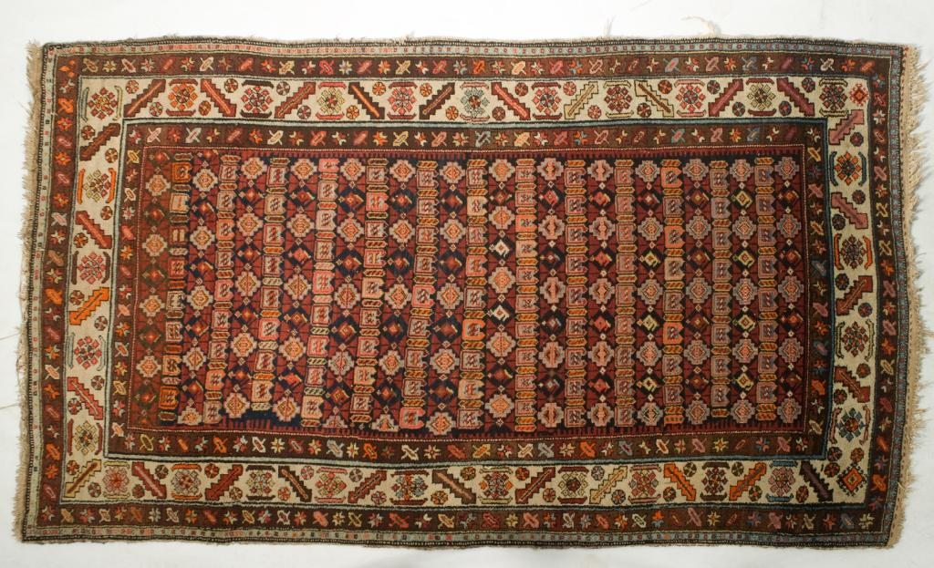 NORTH WEST PERSIAN RUG, 20th CENTURY, central