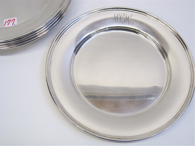 SET OF SIX AMERICAN STERLING SILVER PLATES.