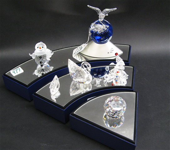 COLLECTION SWAROVSKI CRYSTAL & DISPLAY STAND,