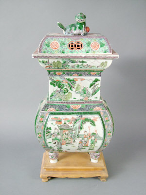 Large Chinese famille verte sectional censer