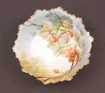 540. Limoges Hand-Painted Grape Footed Dish