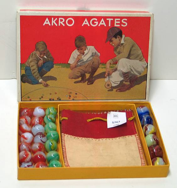 Akro Agate #230 Marble box and marbles