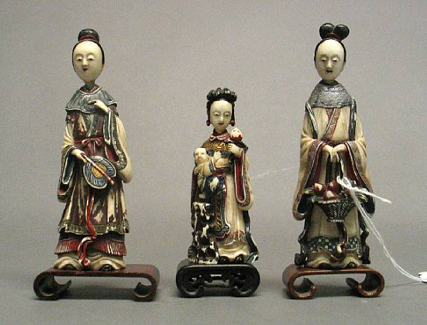 A group of three Japanese export painted