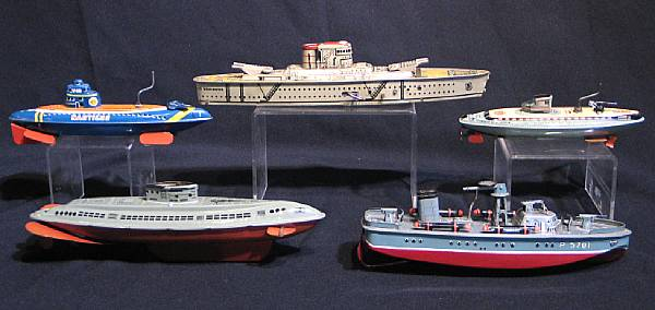 Tin lithographed Ships