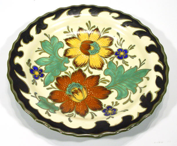 Gouda pottery charger, hand painted with