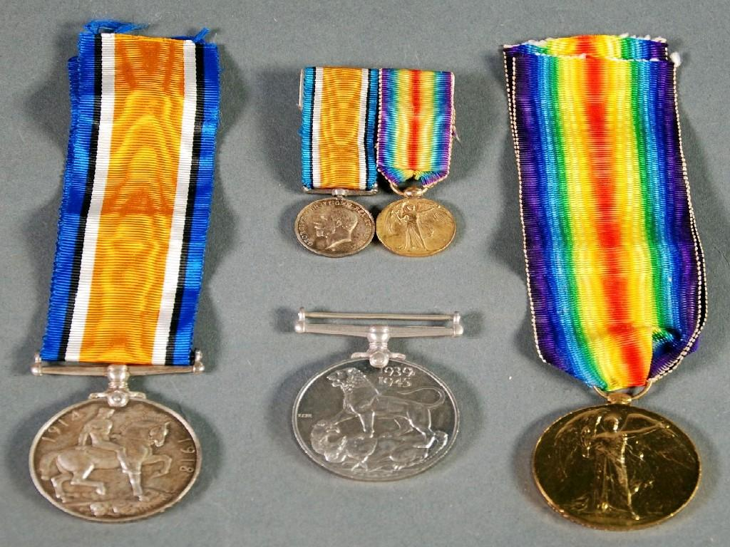 TWO WORLD WAR I SERVICE MEDALS AWARDED TO