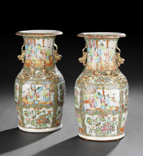 "Pair of Chinese Export ""Rose Medallion"" Porcelain"