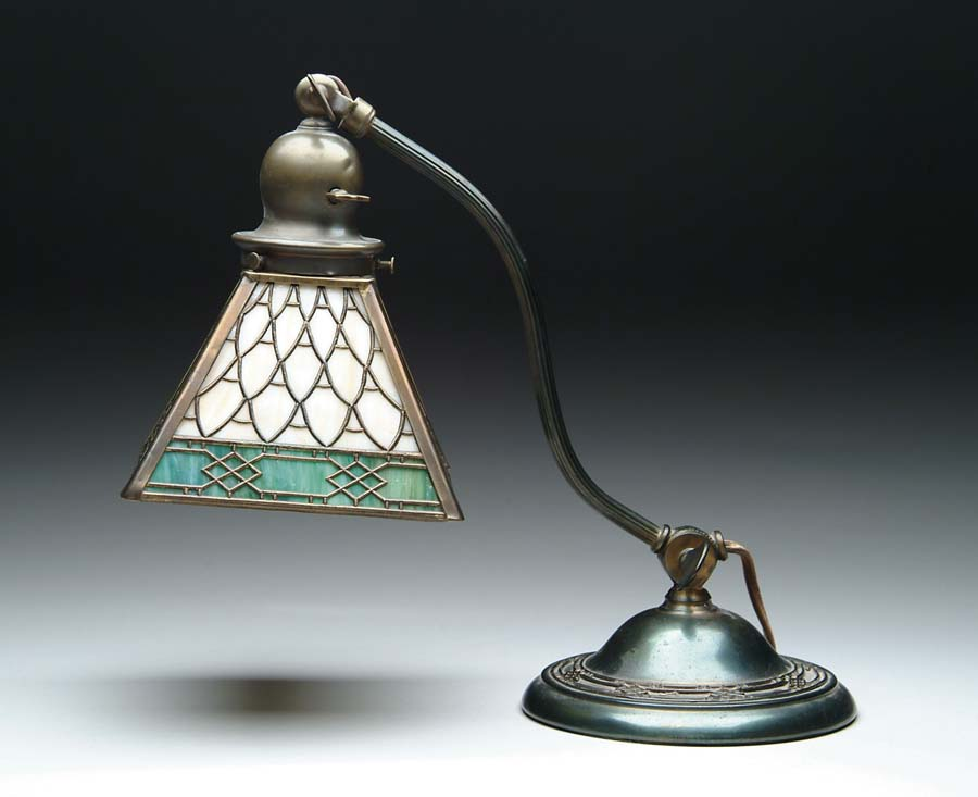 HANDEL METAL OVERLAY DESK LAMP. Beautiful