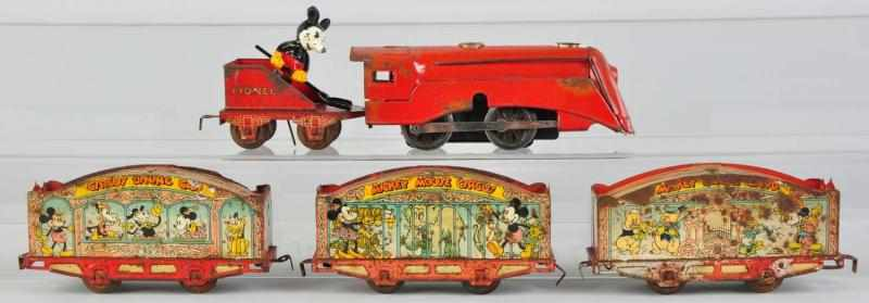 Lionel Walt Disney Mickey Mouse Wind-Up Train