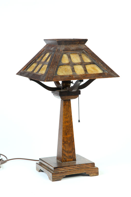 ARTS & CRAFTS TABLE LAMP.  American  early