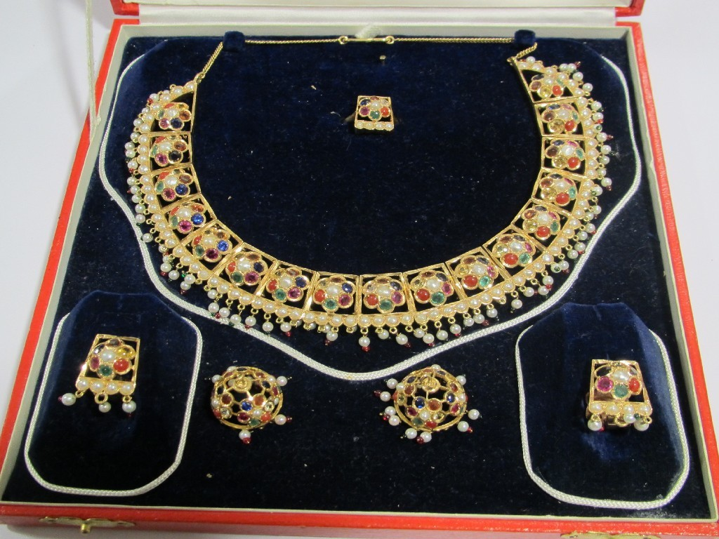 Indian suite of gold gem set jewellery comprising