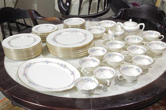 SET OF LENOX CHINA. In the Belvidere pattern.