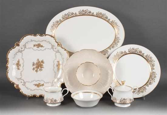 Oxford gilt bone china 65-piece partial dinner