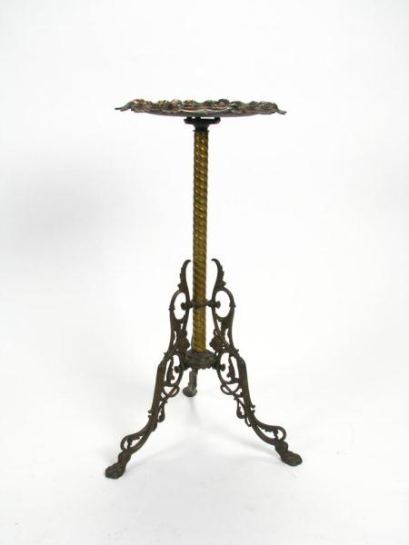 Ornate Victorian Cast Iron Fern Stand with