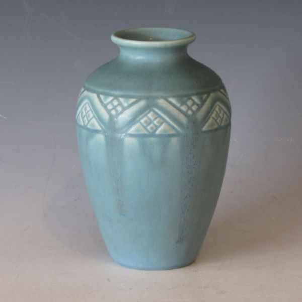 Price Guide For Rookwood Vase From 1937 In Light Blue Matte