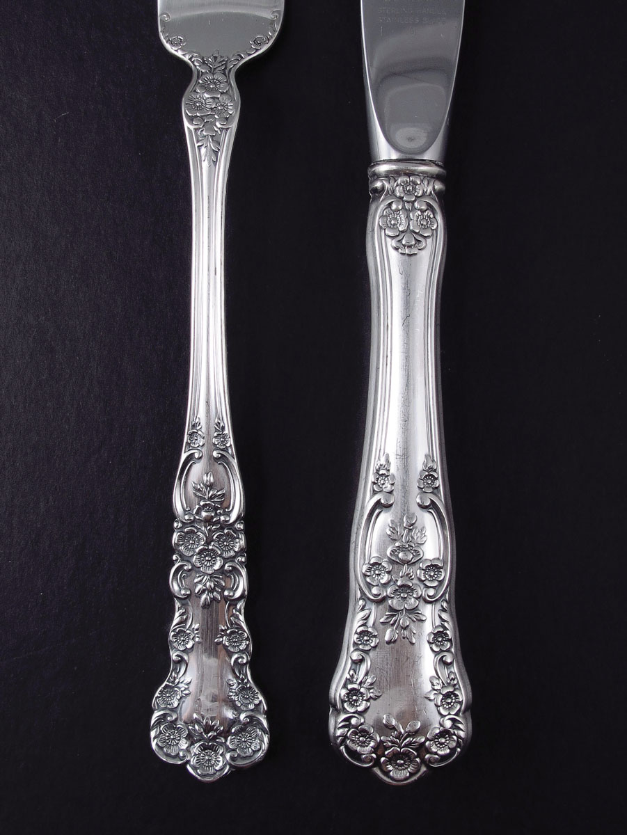 GORHAM BUTTERCUP STERLING FLATWARE SERVICE: