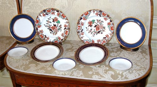 Title:42 pc Spode and Crescent plate set