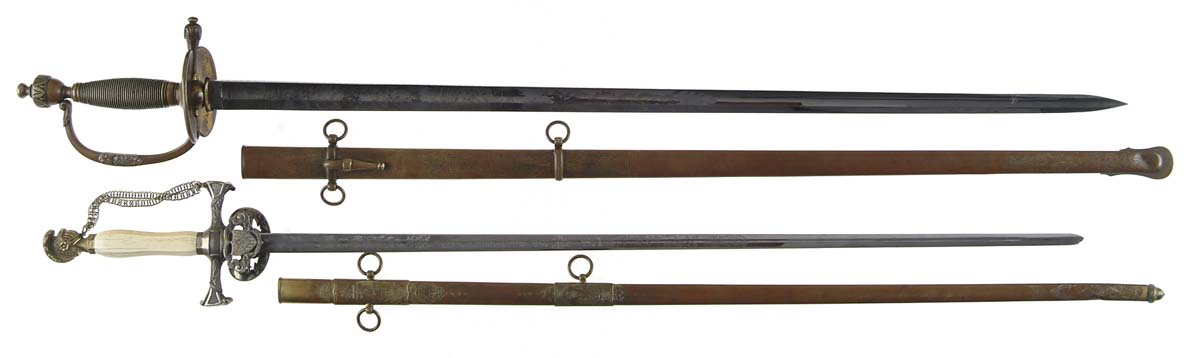 IMPORTANT HISTORICAL LOT OF TWO SWORDS PRESENTED