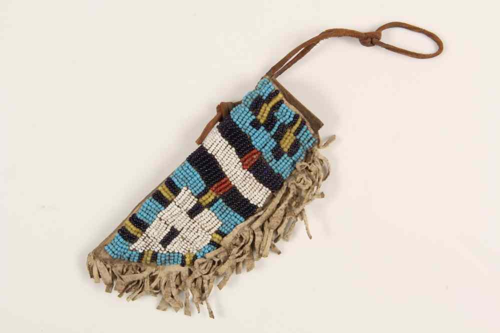 NATIVE AMERICAN CHILD'S KNIFE SHEATH - Northern
