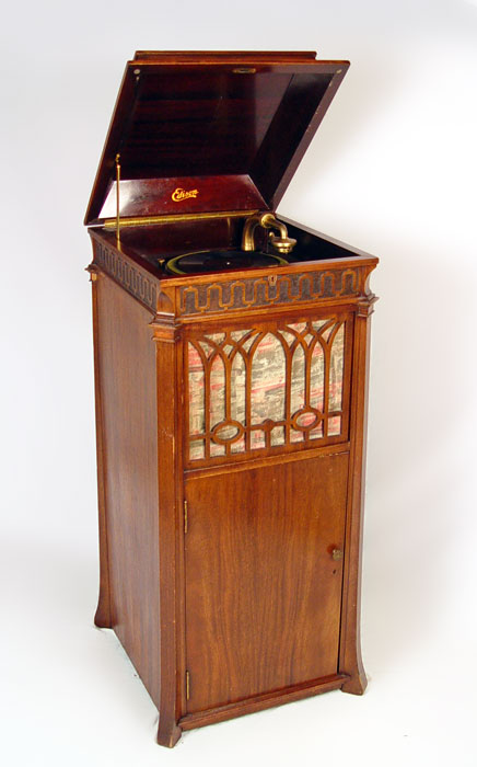 EDISON C-250 CHIPPENDALE UPRIGHT CABINET