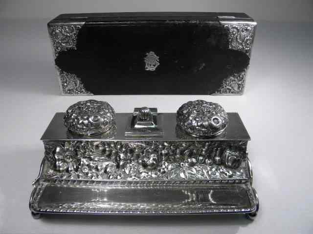 Victorian sterling silver glove box and silver