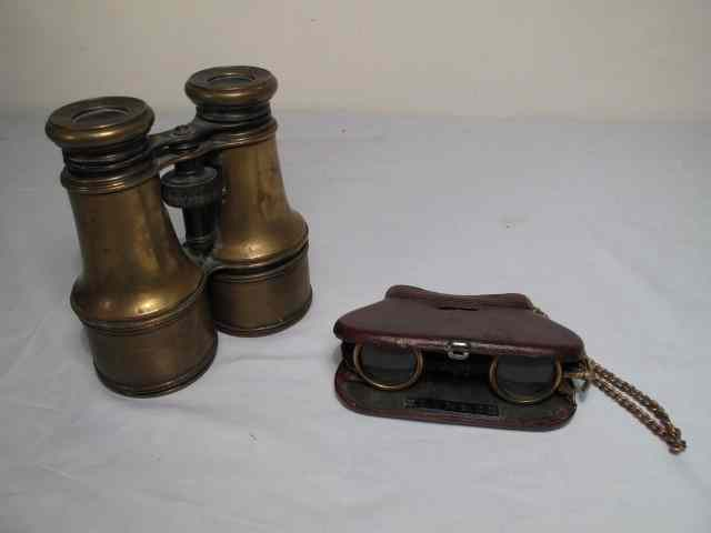 Antique lot of opera glasses/binoculars.