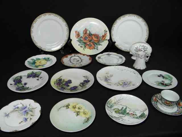 Lot of assorted porcelain and ceramics. Includes