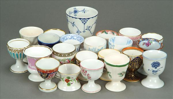 A collection of assorted English pottery