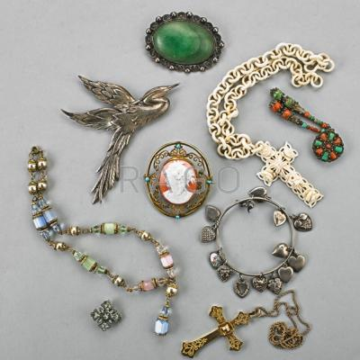 ANTIQUE AND VINTAGE JEWELRY, 1880-1950; Nine