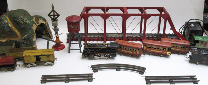 VINTAGE LOT OF TOY TRAINS, Lionel:  No.258