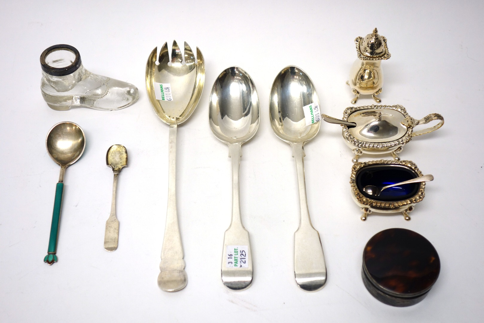 A group of silver and silver mounted wares,