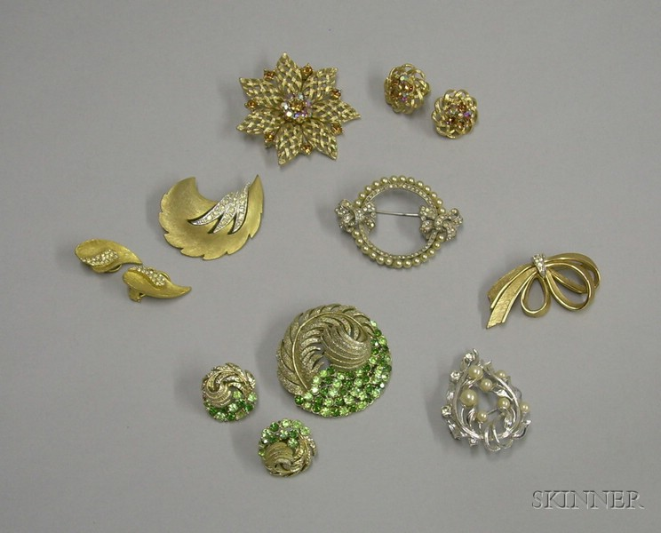 Price guide for Small Group of Assorted Vintage Costume Jewelry,