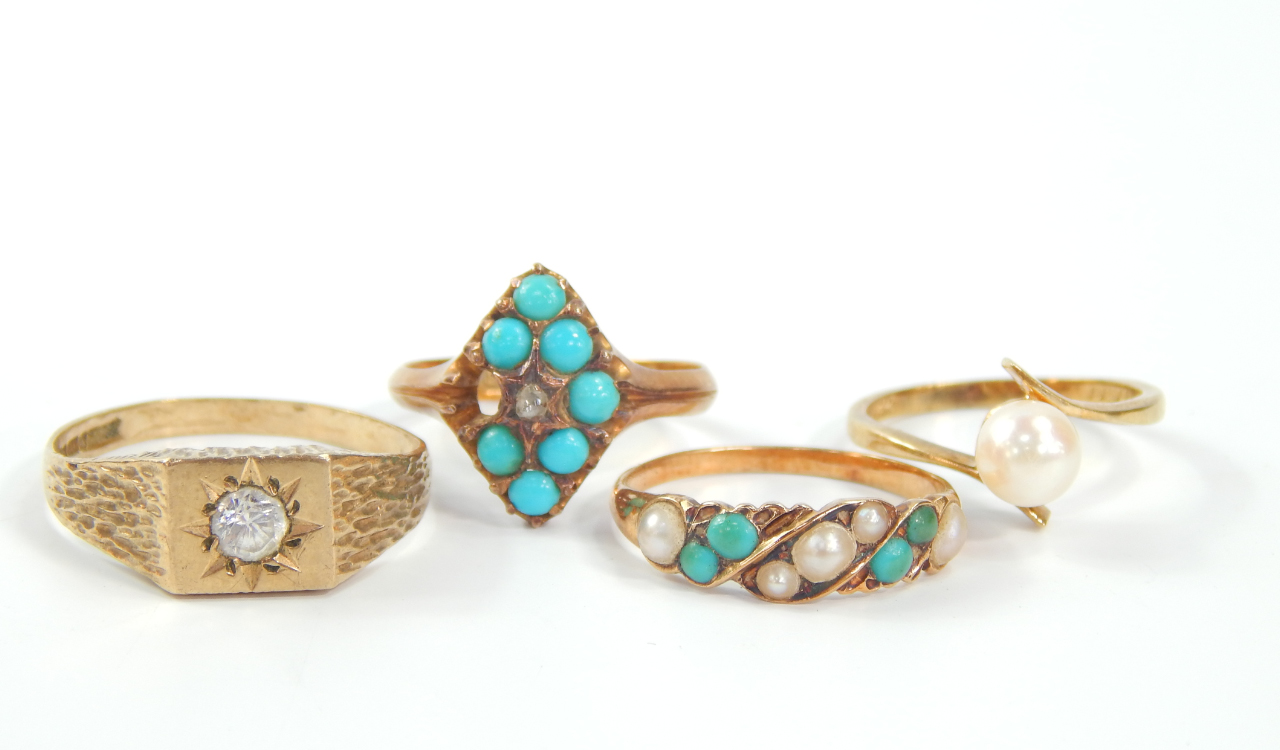 An 18ct gold turquoise and diamond marquis