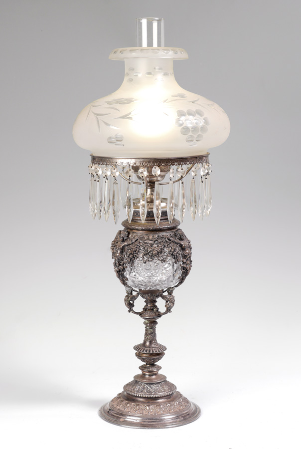 VICTORIAN FIGURAL SILVERPLATE CUT GLASS LAMP: