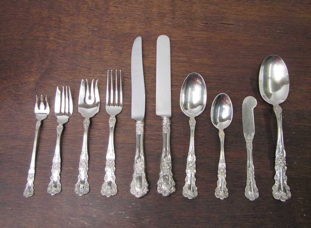 "GORHAM ""BUTTERCUP"" STERLING SILVER FLATWARE"